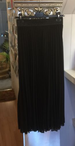 Pleated Maxi Skirt - Plain - Black
